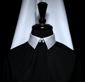 Image of White leather collar