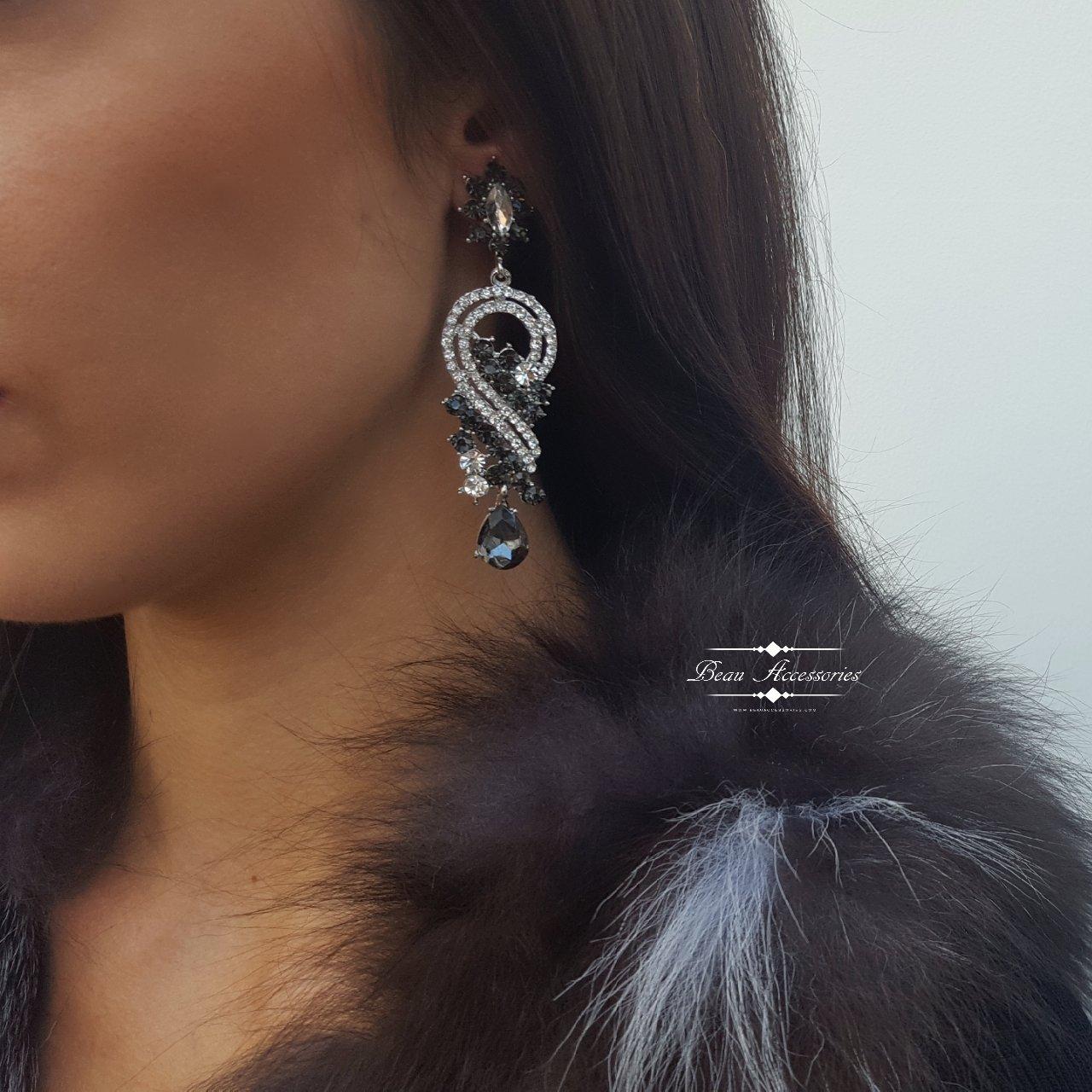 Image of Grey Crystal Drop Earrings