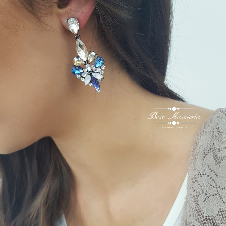 Image of Blue and Champagne Droplet Earrings