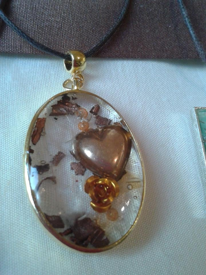 Image of Oval Pendant