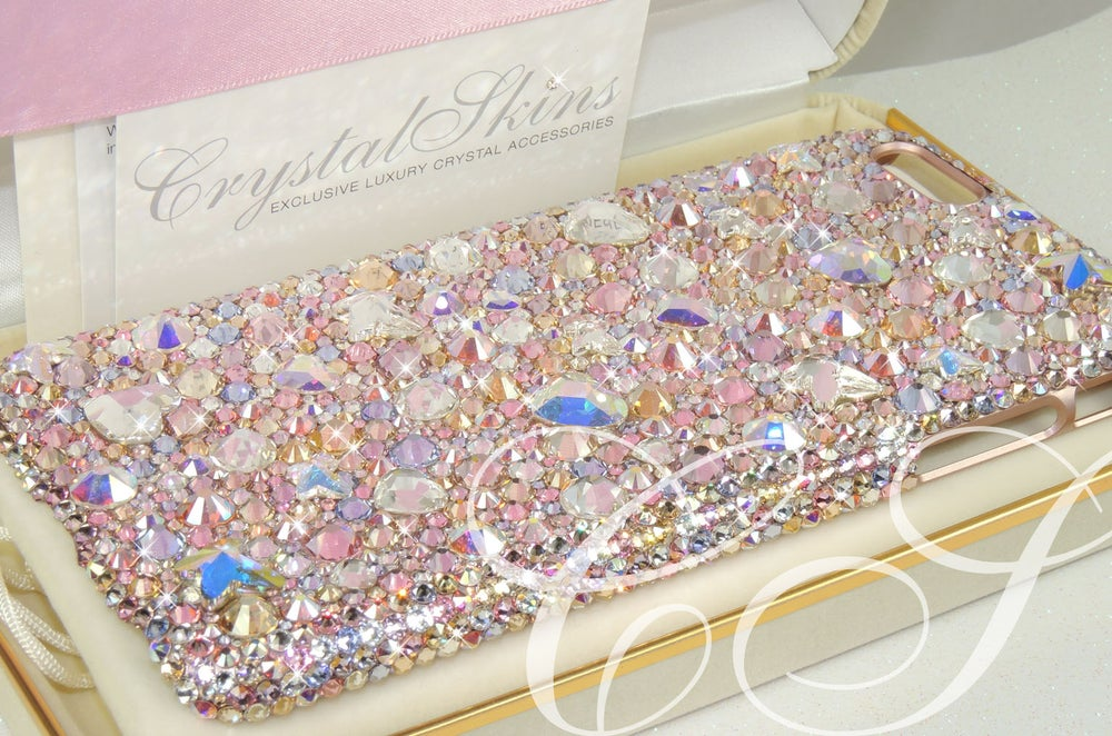 Image of Grace. Phone case with Crystals By Swarovski® for the iPhone and Samsung range.