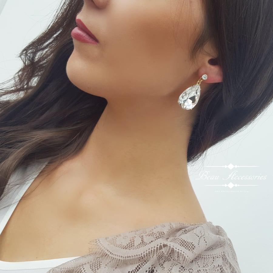 Image of Clear Crystal Peardrop Earrings