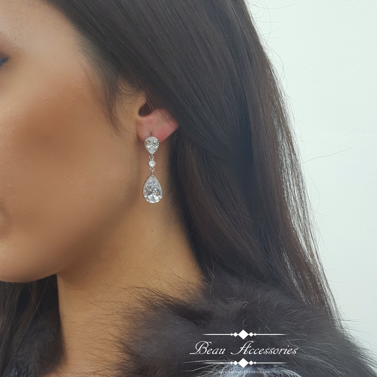 Image of Oval Crystal Elegent Earrings