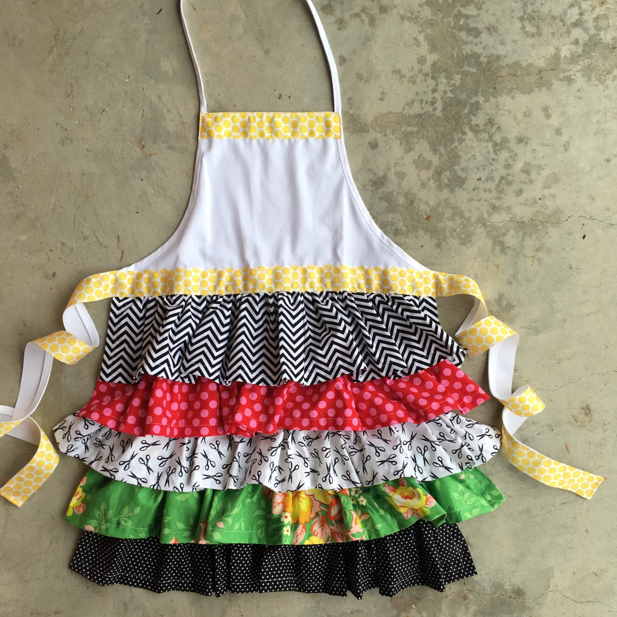 Image of Happy Crafter Ruffle Apron