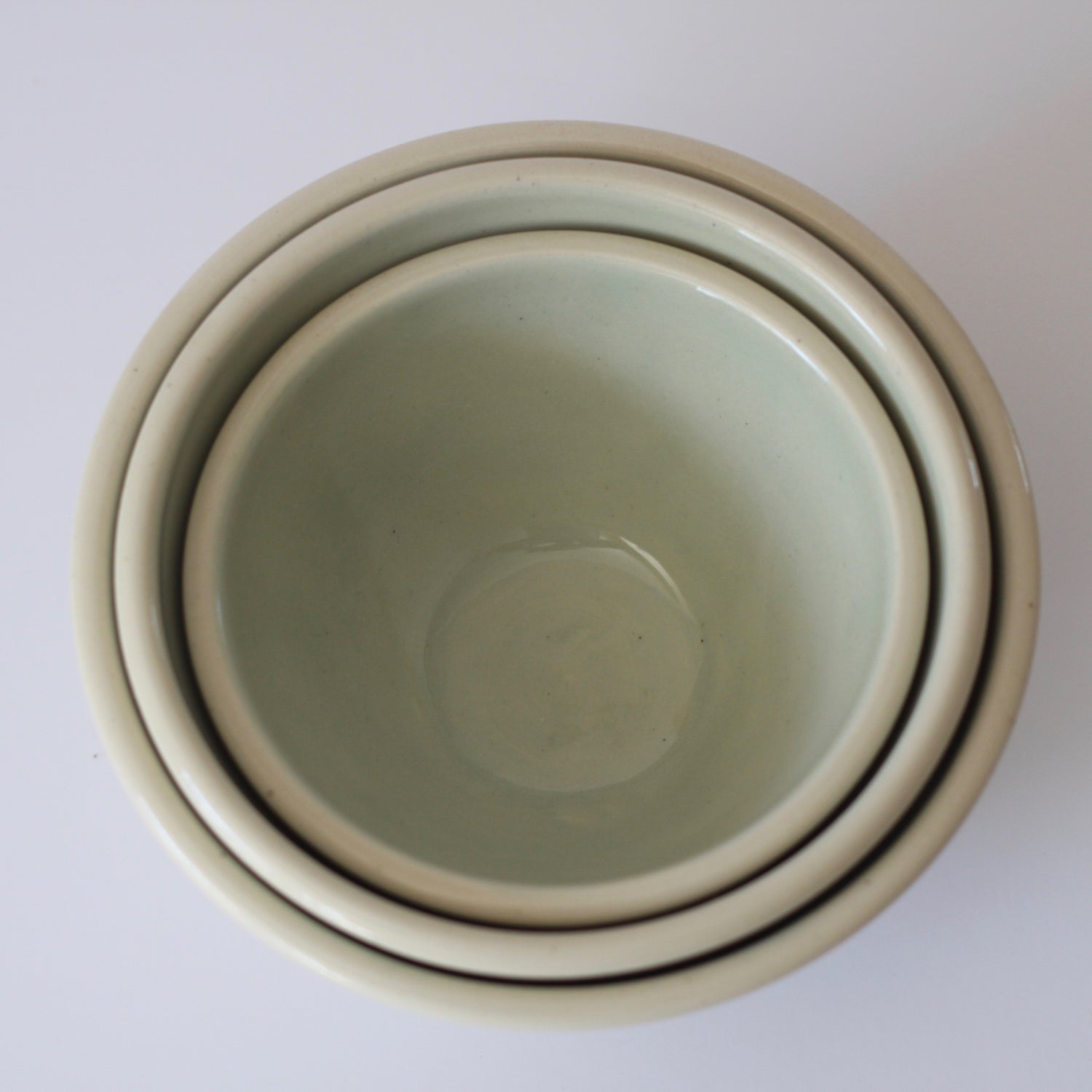 Image of Ceramic Nesting Matching 3 Bowl Set | White and Light Green Bowl Set | Ready to Ship