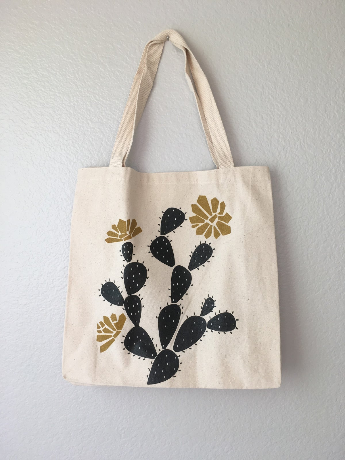 Image of PRICKLY PEAR tote