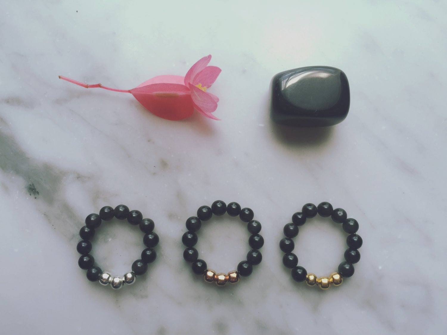 Trio Stretch Ring in Obsidian