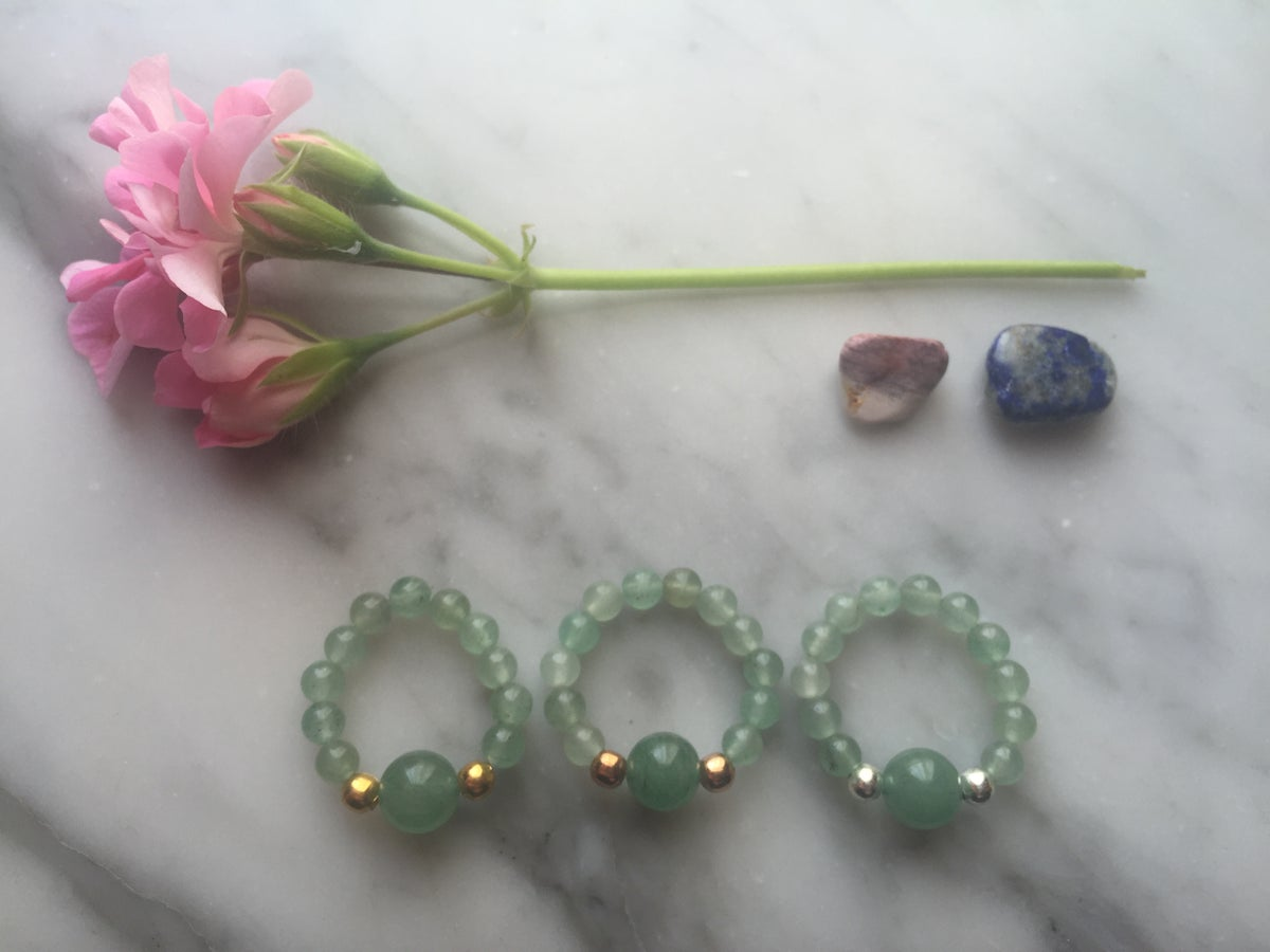 Image of Feature Bead Stretch Ring in Aventurine
