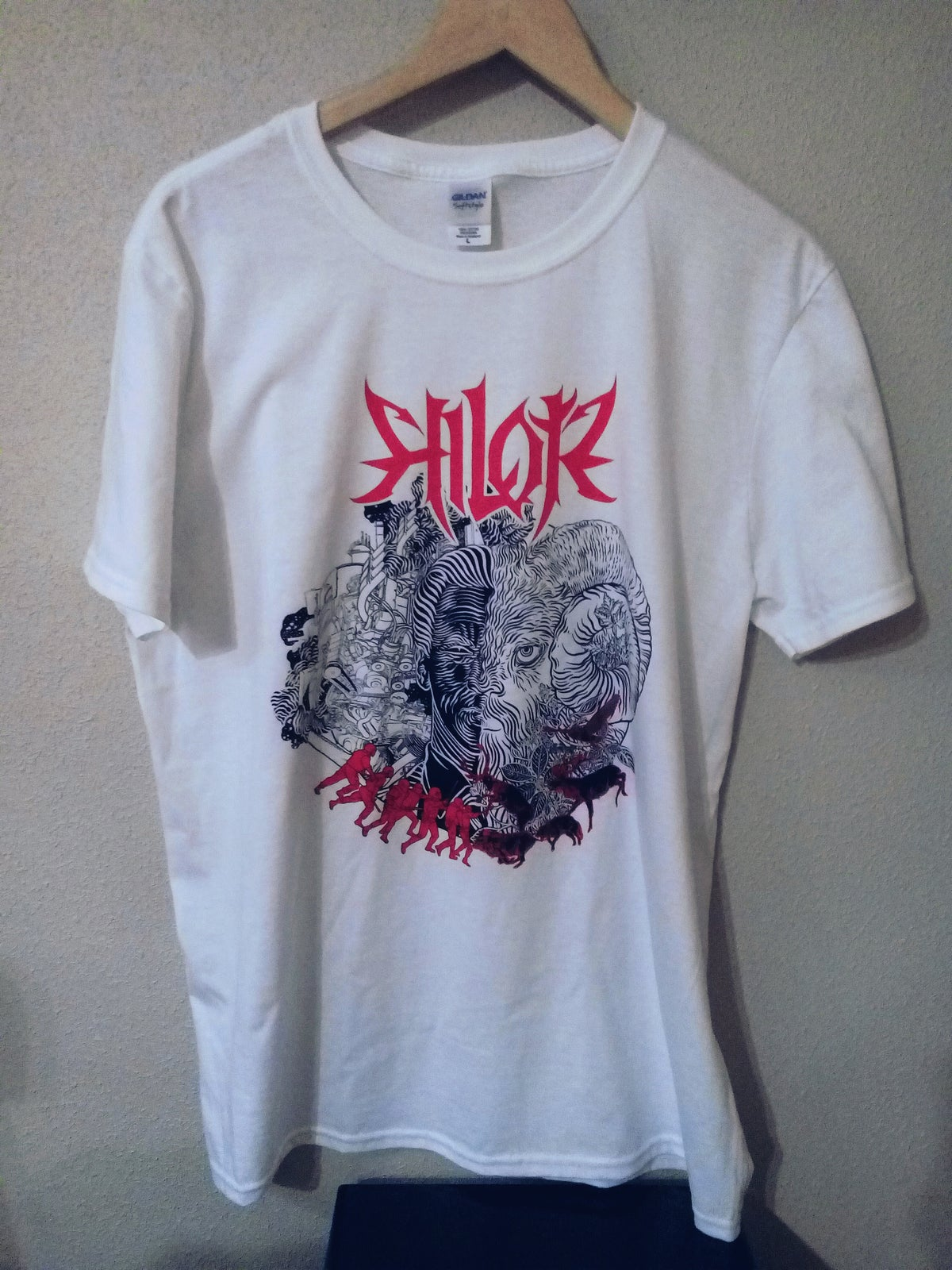 "Image of NEW T-SHIRT! ""Izakia"" T-shirt"
