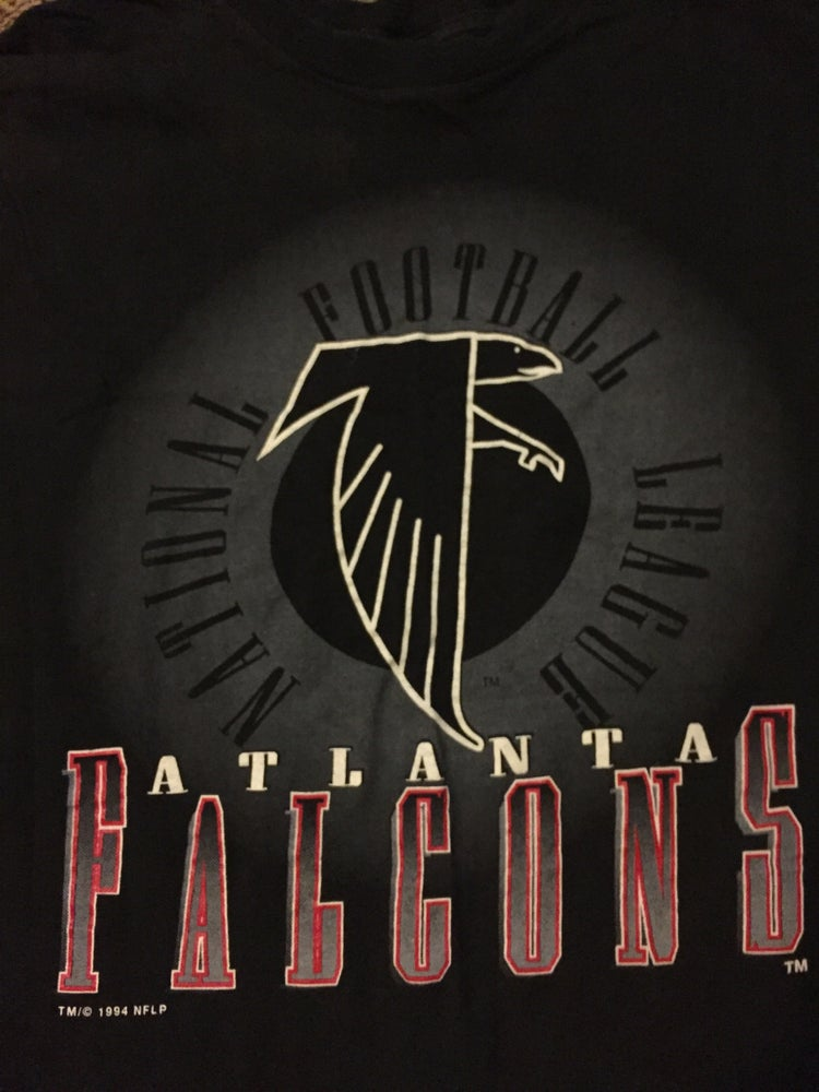 differently 082cb f123f Vintage 1994 Atlanta falcons T-shirt
