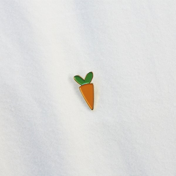 Image of Carrot Pin