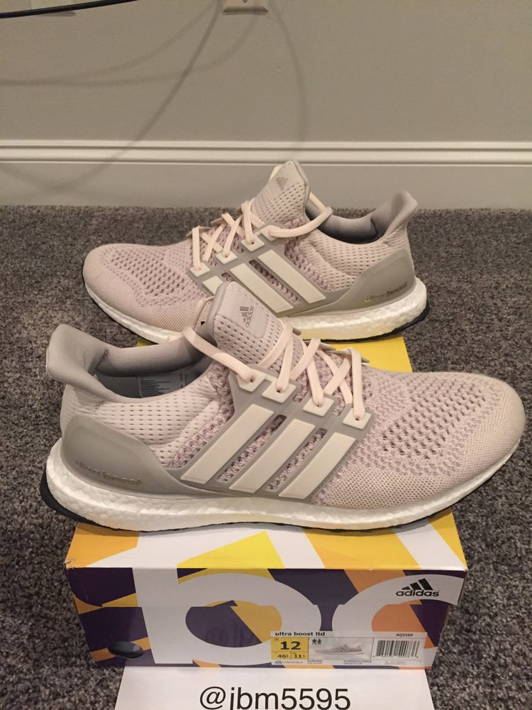 c008ea7f25a Adidas Ultra Boost LTD AQ5559 cream chalk Size 12 (US)   Blue Knight ...