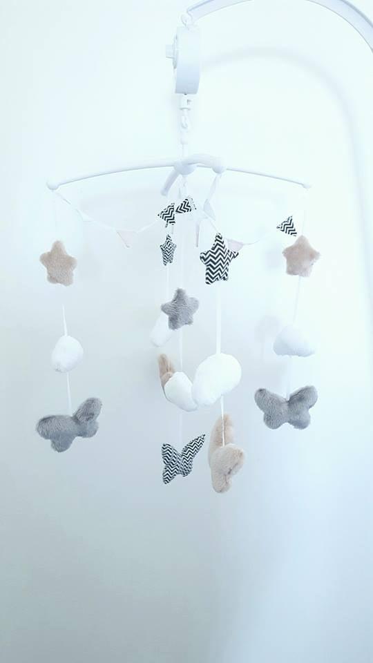 Image of Sur commande: Mobile papillon personnalisé