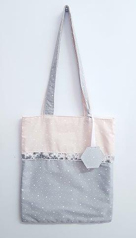 Image of Sur commande: Les tote bag ou sac bibliothèque personnalisable.