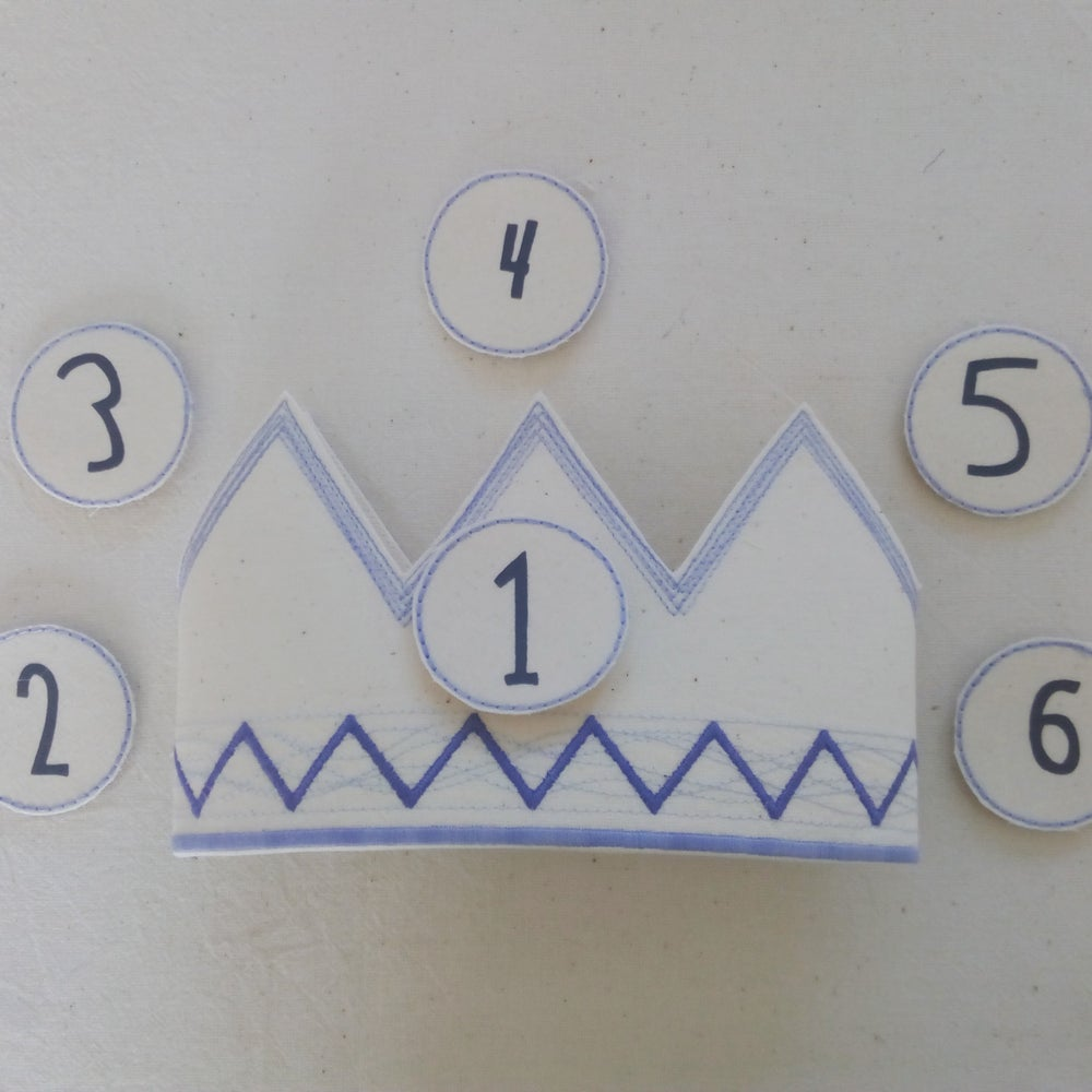 Image of Blue Zig Zag Crown
