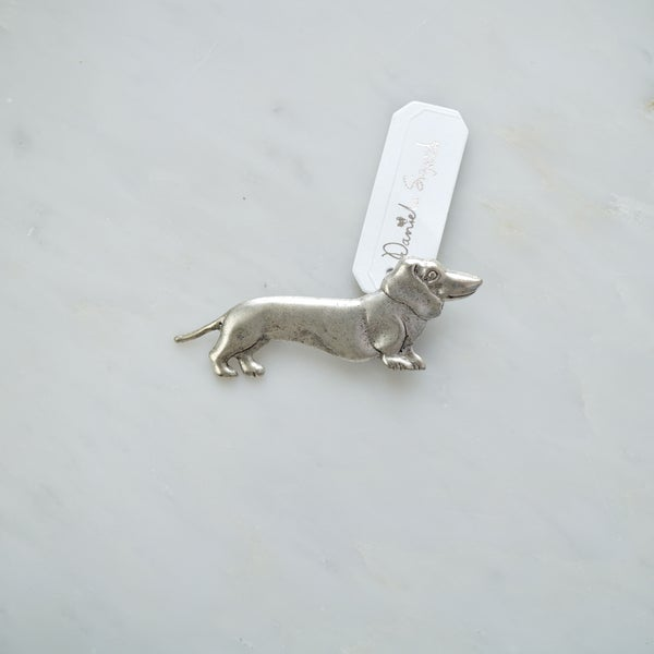 Image of Sausage dog brooch