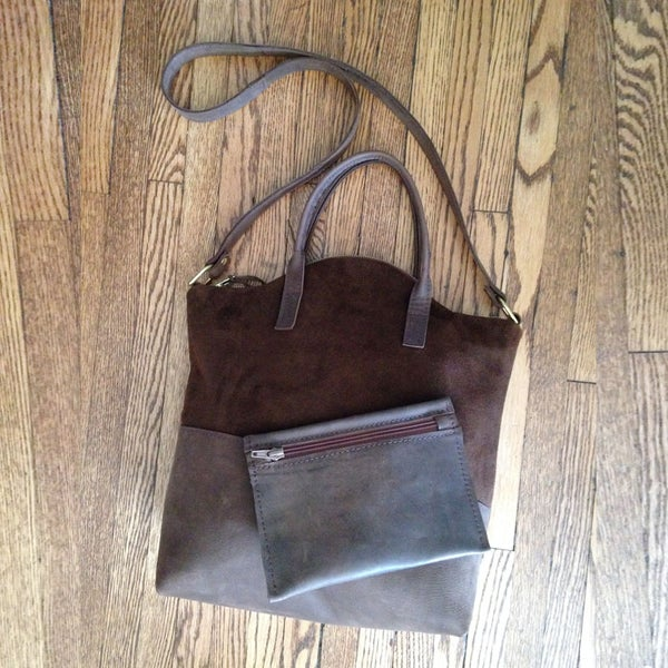 Image of Classic Entourage Tote with extra Pouch