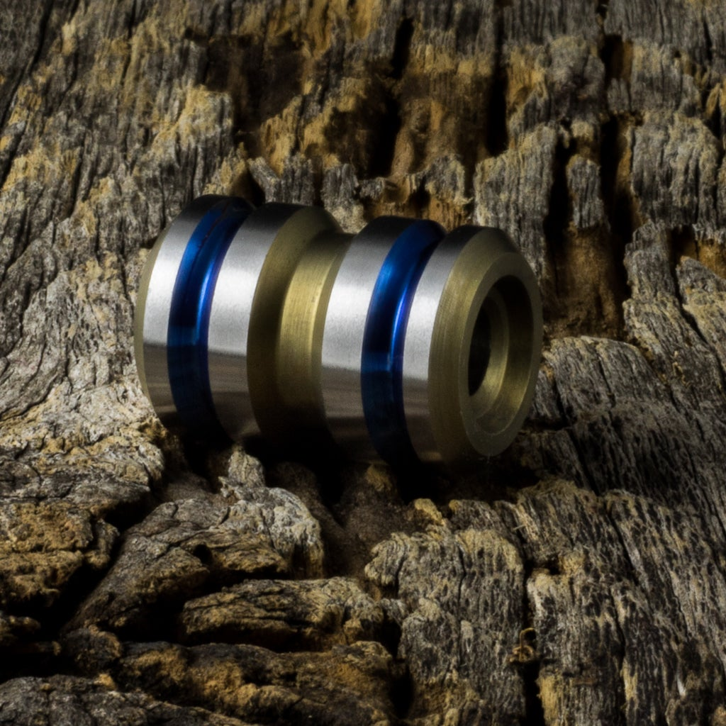 Image of Tank Electric Blue & Light Bronze Ti Bead #1