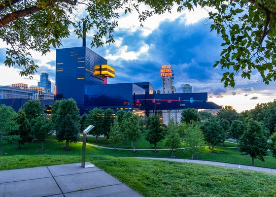 Image of Guthrie Theater from Gold Medal Park
