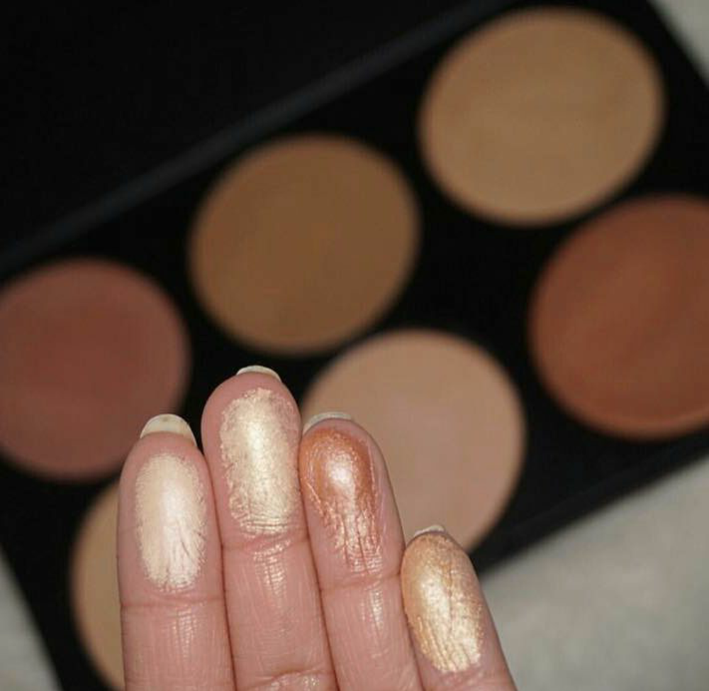 Image of Glow Dust Pallette