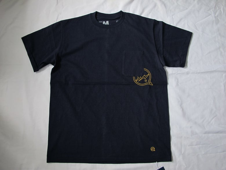 Image of Denim BY VANQUISH & FRAGMENT - Pocket Crew neck Tee (Navy)