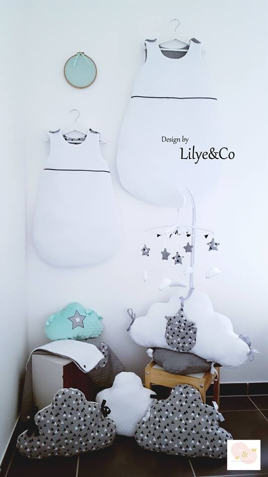 Image of Sur commande: Gigoteuse hiver bébé black and white