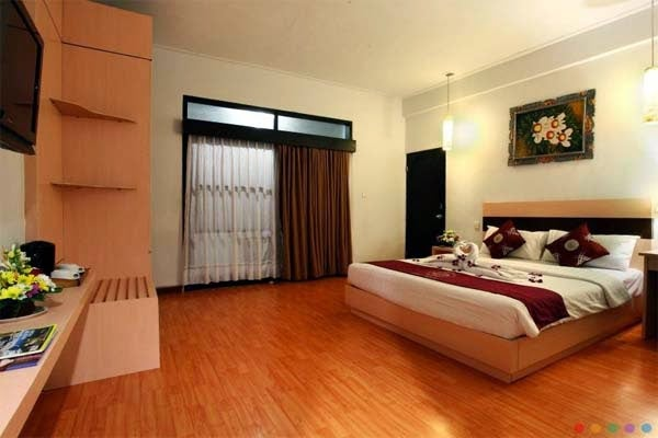 Image of Puri Saron Seminyak Hotel Bali