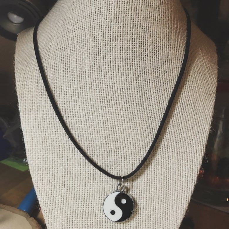 "Image of Yin yang 18"" Necklace"