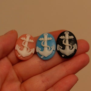 Image of Oval Anchor Plugs (sizes 0g-5/8)