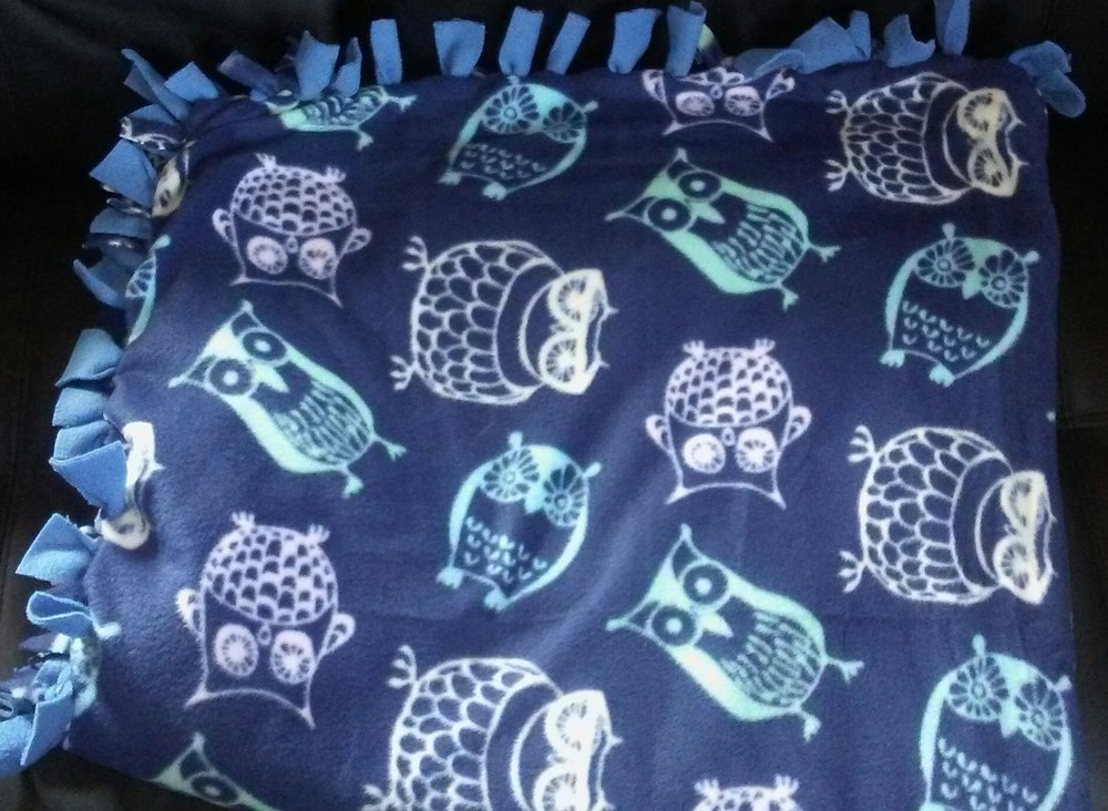Image of Wise old owl blanket