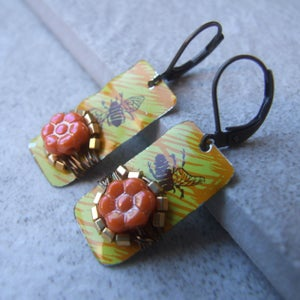 Image of Sweet Honey Bee Earrings
