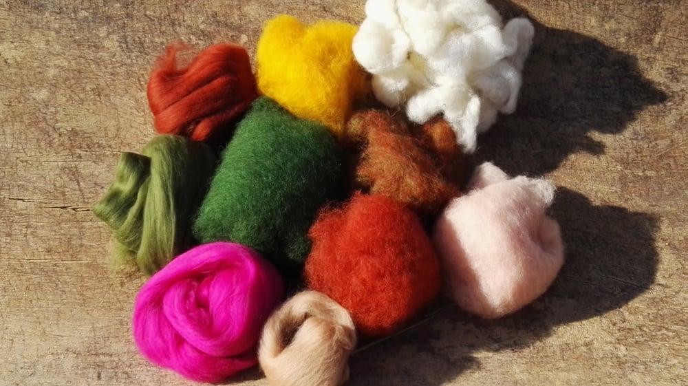 Image of Surtido de lana cardada y cardada peinada colores otoño