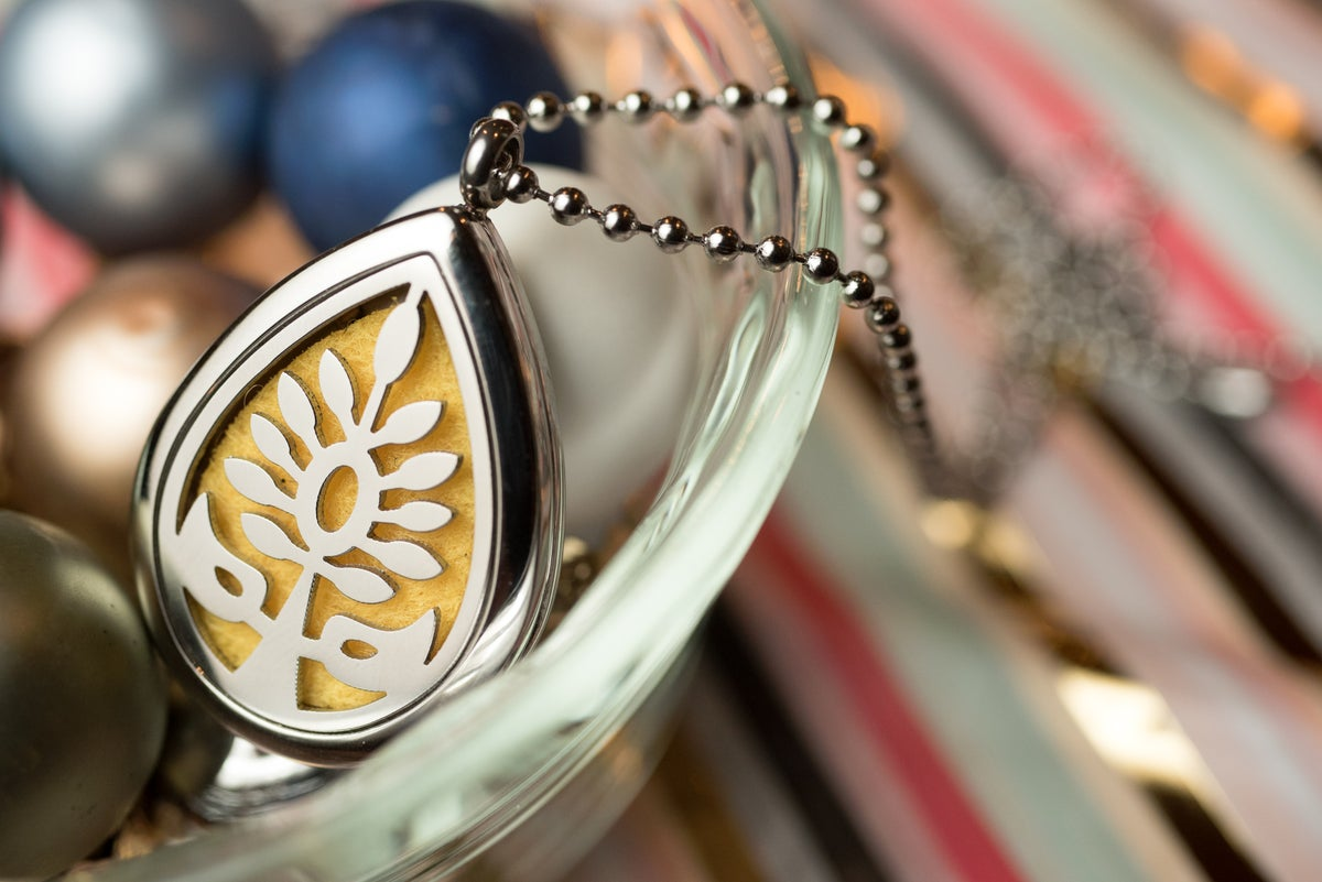 Image of Teardrop Flower Essential Oil Diffuser Necklace