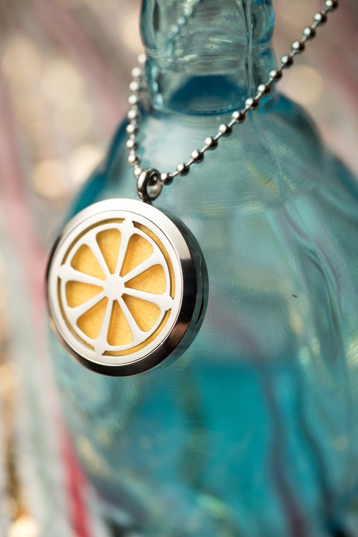 Image of Citrus Squeeze Essential Oil Diffuser Necklace