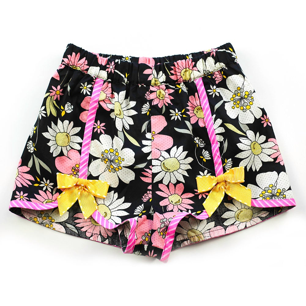 Image of Polly Vintage Bow Shorts - Daisy