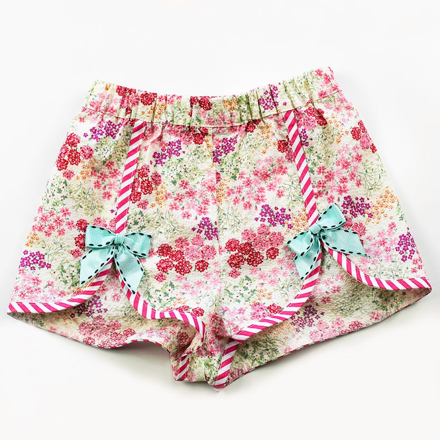 Image of Polly Vintage Bow Shorts - Milk Shake