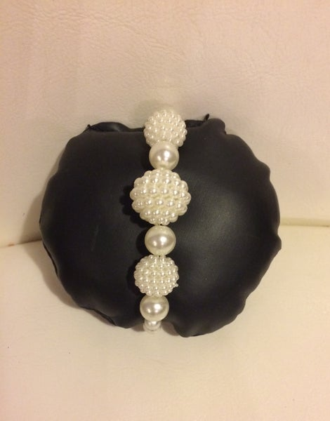 Image of White Pearlescent Bracelet