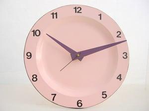 Image of Enamel plate clock