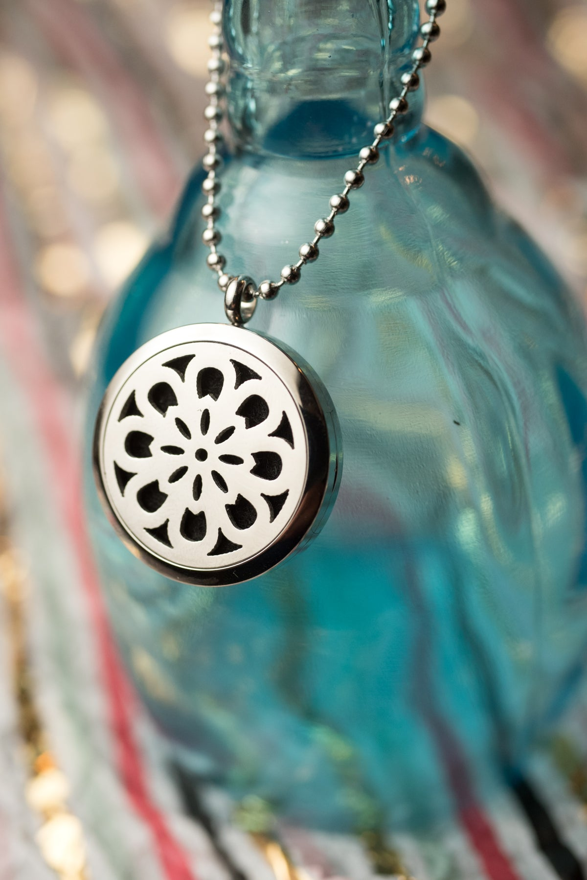 Image of NoDak Flower Essential Oil Diffuser Necklace