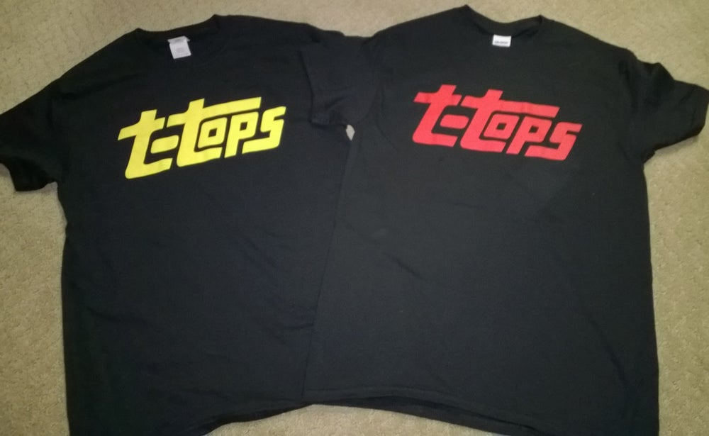 Image of T-Shirt (topps logo)