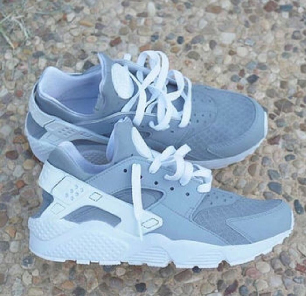 1cdbd172832 Grey Custom Huaraches   House Of Customs