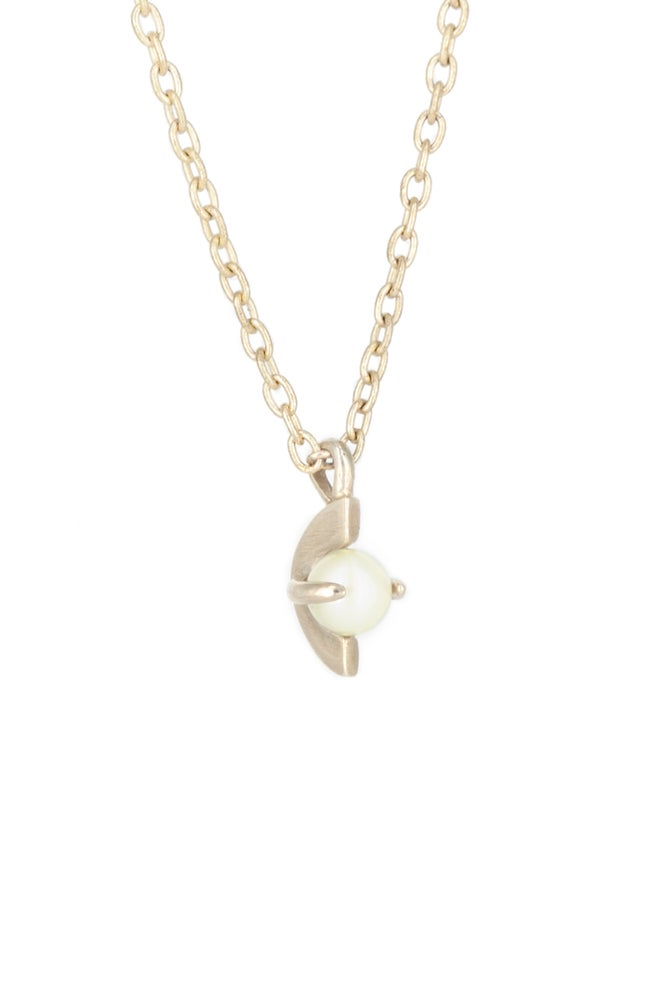 Image of MOONAGE PEARL NECKLACE