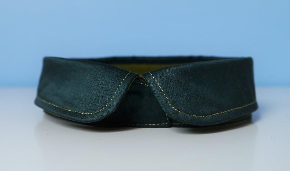 Image of Faux-col, 36/37 cm, satin vert synthétique et satin de coton bleu canard, pour jolie encolure!