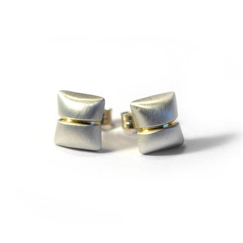 Image of Humbug Ear Studs With Groove