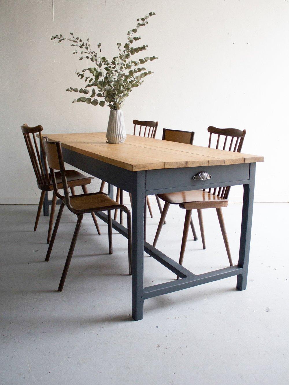 unehirondelle table de ferme 6 8 personnes plateau ch ne. Black Bedroom Furniture Sets. Home Design Ideas