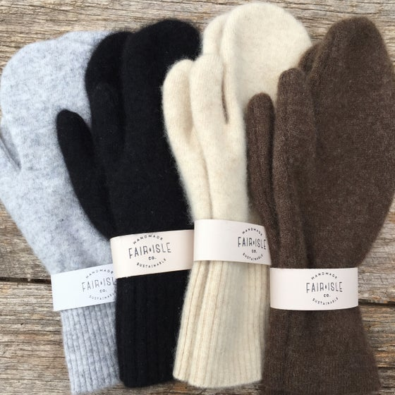 Image of Cashmere mittens for women