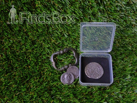 Image of Metal Detecting Christmas Gift - Field Finds Box