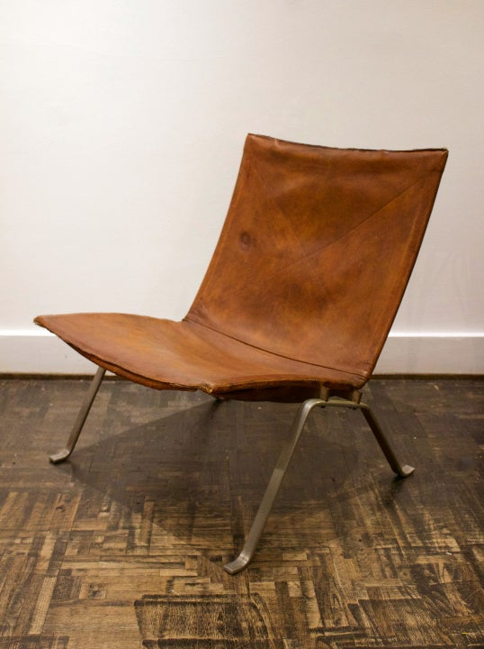 Image of Early PK22 Chair by Poul Kæjrholm