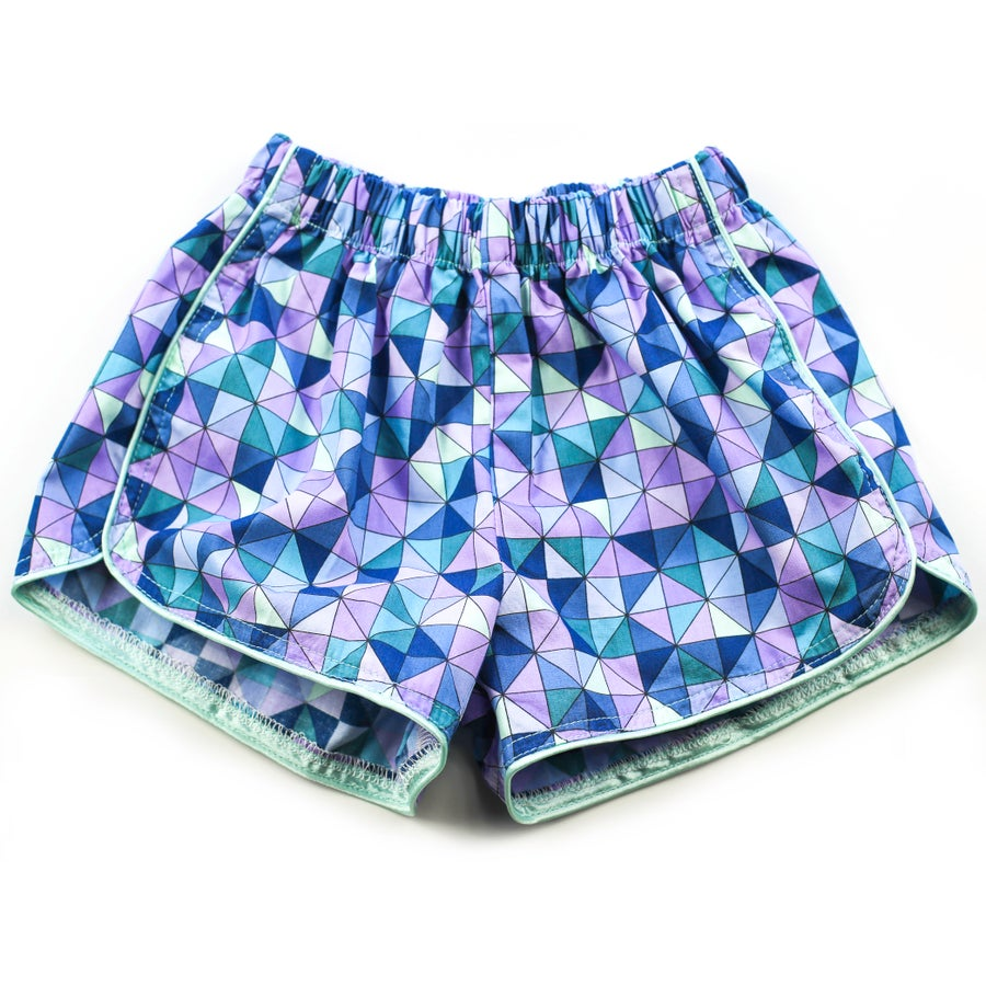 Image of Little Traveller Shorts - Inka Lavender