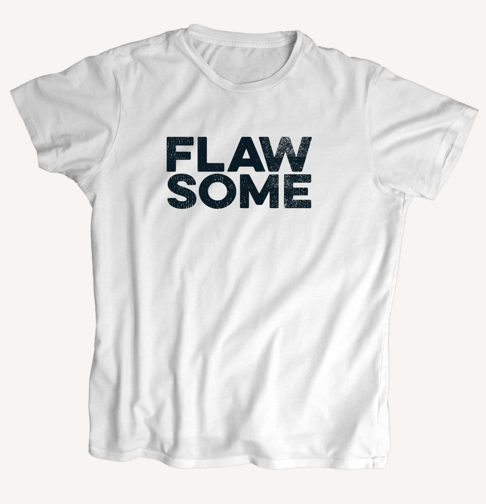 "Image of T-Shirt ""FLAWSOME"" - handprinted with love"